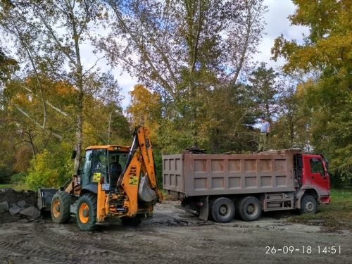 Расчистка участка на Речном под строительство спортивной площадки